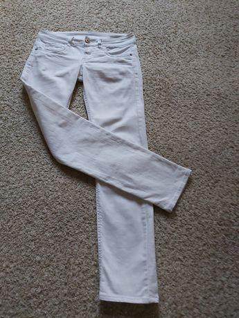 Spodnie białe rozmiar XS
