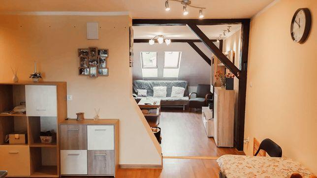 Sprzedam piętrowe mieszkanie 75,6 mkw w Międzylesiu
