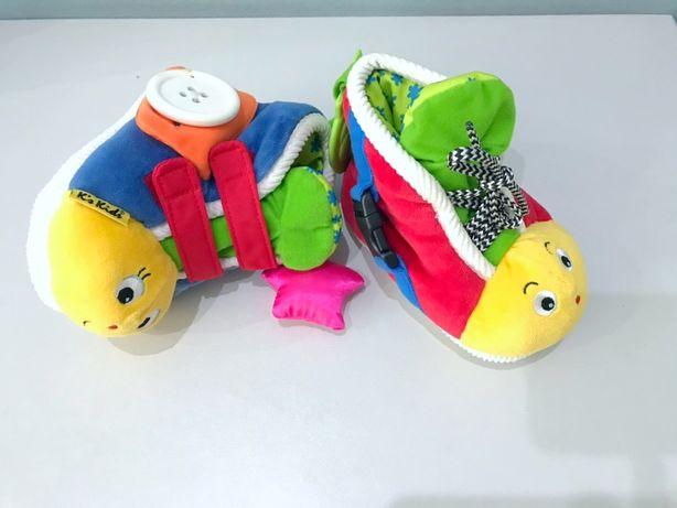 Дитячі розвиваючі черевички