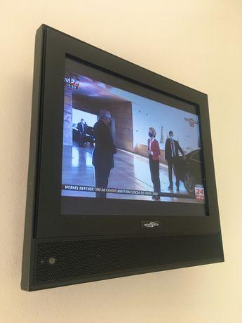 TV fixação à parede