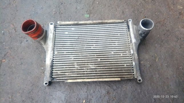Радіатор інтеркулера для автомобіля Богдан( DF-40)