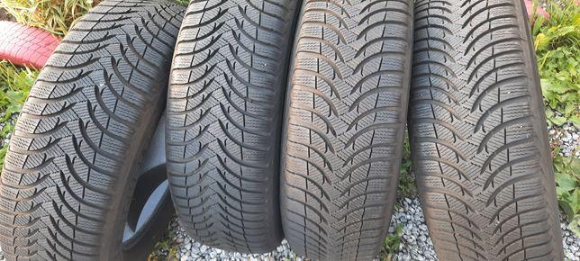 Продам комплект резини 215 65 17 Michelin