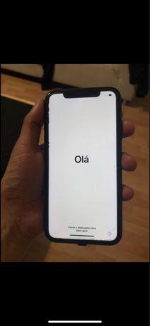 Vendo iphone xr preto de 64gb ou troco por iphone 11