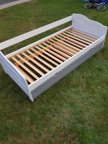 Łóżko drewniane. Łóżko białe  z szufladą.