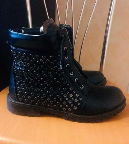 Ботинки женские BALMAIN