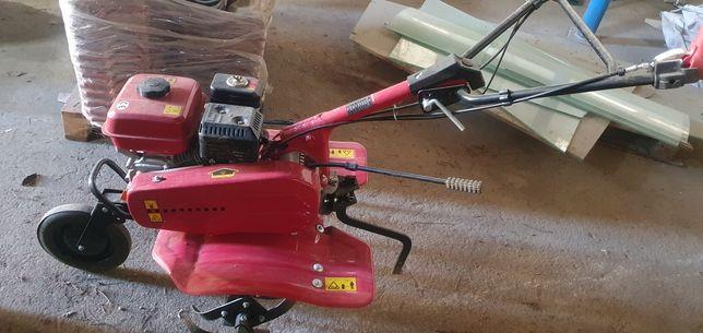 Vendo moto enchada k500