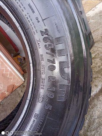 Продам резину грузовая..цена за 4 колеса