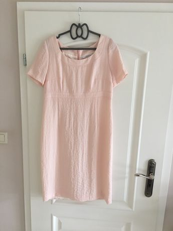 Sukienka różowa od Beaty Cupriak rozmiar 40