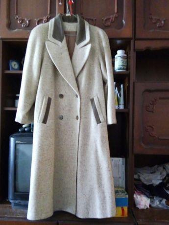 Пальто демисезонное р.50-52