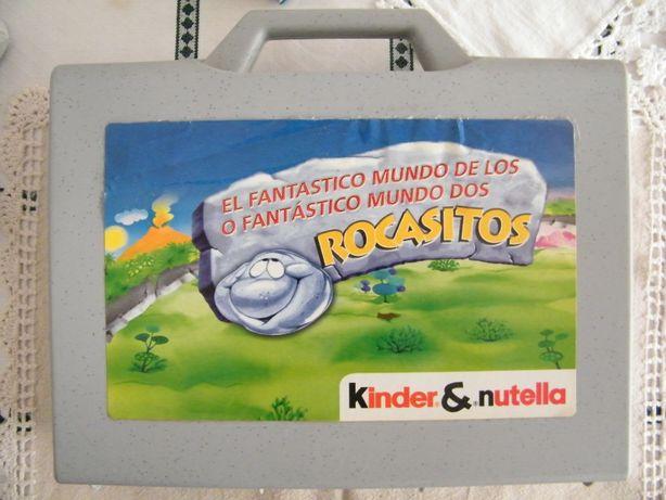 """Mala/bonecos """"Rocasitos"""" da Kinder Surpresa, edição rara e limitada"""