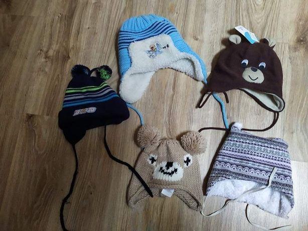 Zestaw 4 czapek na zimę i rękawiczki