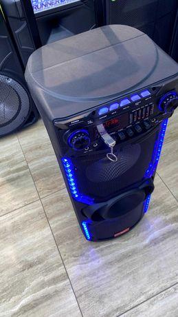 Портативная аккумуляторная колонка чемодан с микрофоном караоке комбик