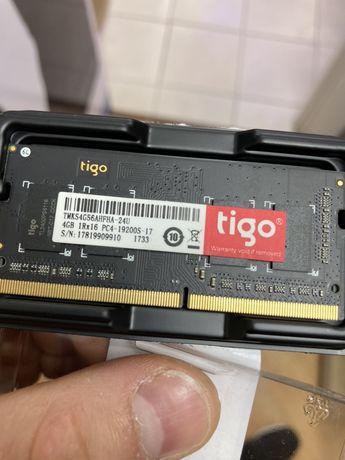 Оперативная память ddr 4/ 4 gb 1700