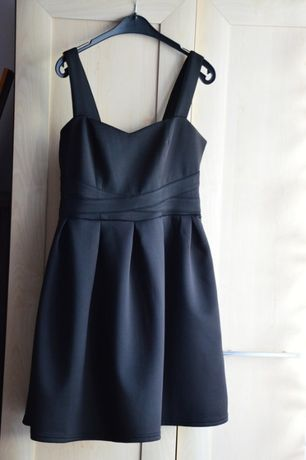 Czarna sukienka New Yorker, rozm M