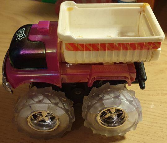 Ciężarówka ze zdjęć - zabawka