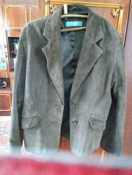 Продам пиджак замшевый