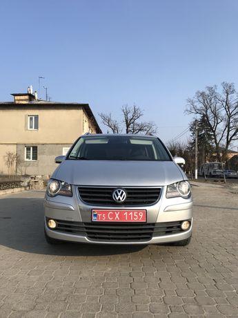 Продам Volkswagen Touran 2.0 d