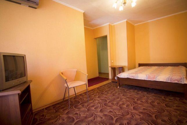 Посуточно, почасово квартира на Титова 16 по ДОСТУПНОЙ цене