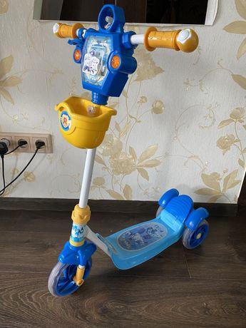 Детский самокат скутер Robokar Poli.