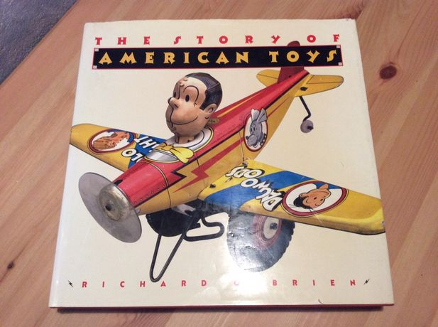 """Livro """" The Story of American toys """""""