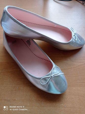 Балетки туфли для девочки H&M серебристые р. 35