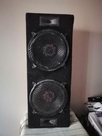 skrzynia basowa moc watt 300 po 150 na kanal 4-8 ohm
