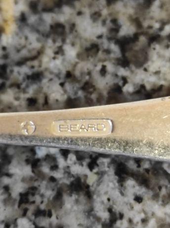 Vendo 130 peças de talheres em prata de diversas marcas.