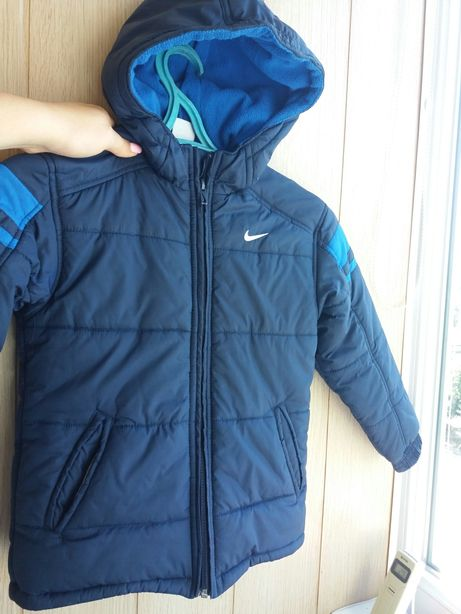 Куртка Nike осень 6-7лет