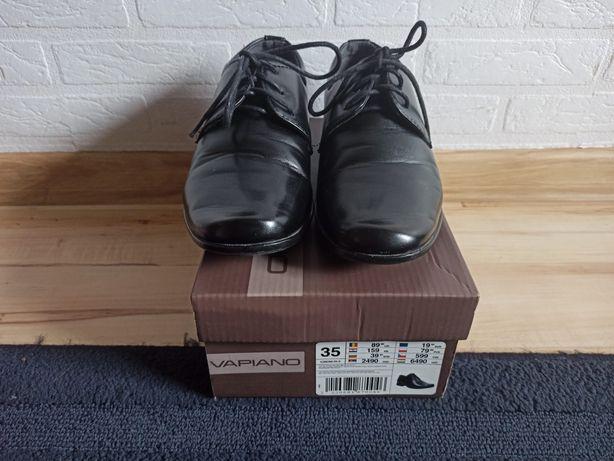 Używane chłopięce buty komunijne roz. 35