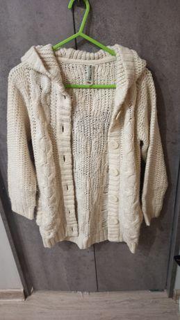 Ciepły, gruby sweterek z kapturem dla dziewczynki 134 Reporter