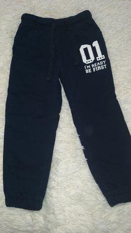 Тёплые штаны джинсы на мальчика 3-4 года
