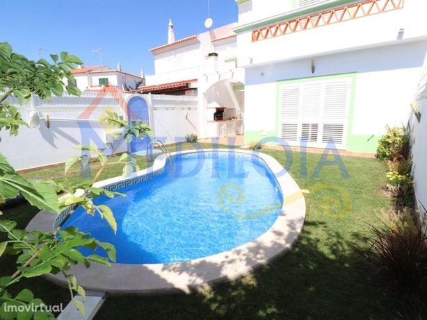 Excelente Moradia V4, c/ Piscina aquecida, em Casas da Au...