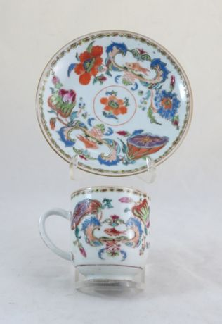 Chávena+Pires Porcelana Chinesa Companhia das Índias Madame Pompadour;