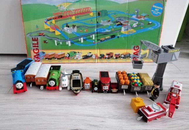 Thomas Ultimate Set Tomy pociągi tory Tomek i przyjaciele na baterie
