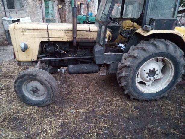 Sprzedam traktor C360 sprawny rok produkcji 1982