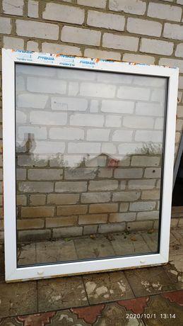 Пластиковое окно 140*114