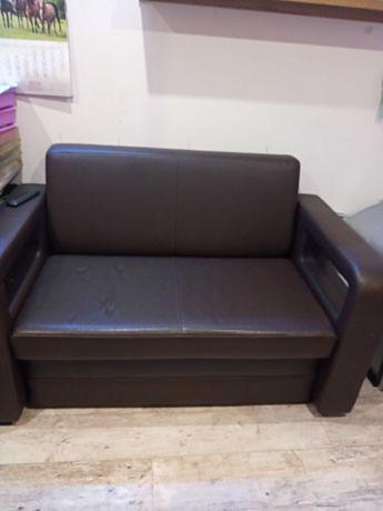 Sofa dwu osobowa.Rozkładana