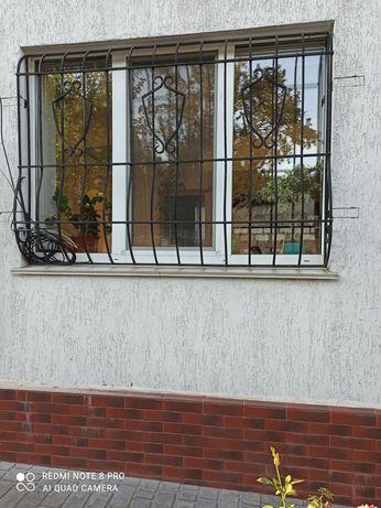 Решетки на окна б/у