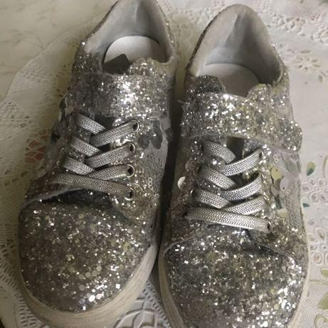 Туфлі Кросівки Кеди Fun&Fun Для дівчинки Роз 34 Устіл21,5 Норм стан