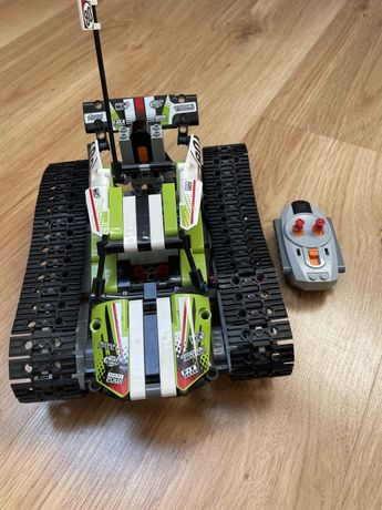 Lego Technic 42065 Zdalnie sterowana wyscigówka