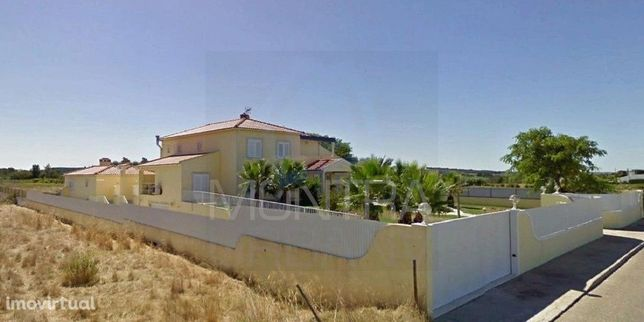 Moradia T6 (529 m2) Isolada, Murada - Boas Áreas - Terreno (5.000 m2)