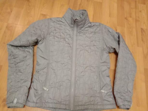 Женская фирменная демисезонная куртка North Face.