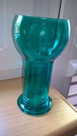 Wazon - kolorowe szkło, ciekawy kształt