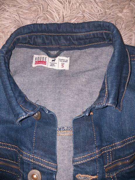 Фирменная джинсовая куртка , джинсовка