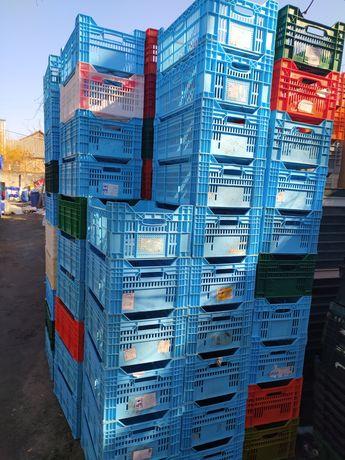 Ящики пластиковые куриные(75грн)/филпак(55грн)600×400×250