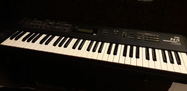 Sintetizador Korg N5