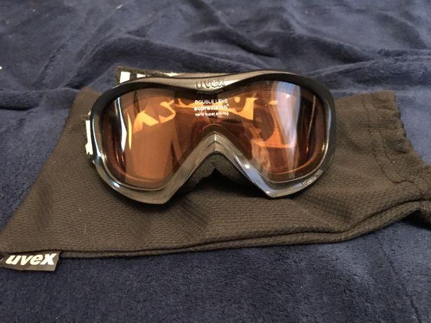 Горнолыжные очки Uvex