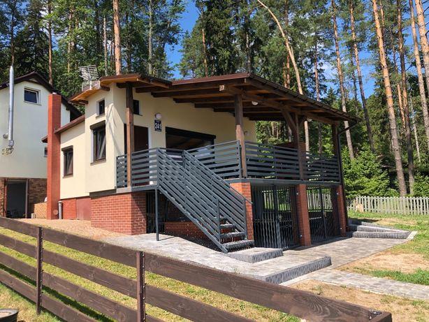 Domek letniskowy nad jeziorem na Warmii i Mazurach