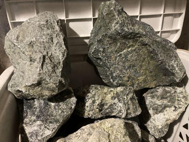 Kamien serpentynit zielony