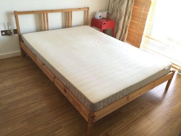 Łóżko Ikea z materacem